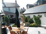 Superb landscaped back  garden - gas BBQ & solid teak furniture