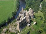 Le Château Rocher (20 min.) - ruins of a medieval castle overlooking Sioule River - beautiful!