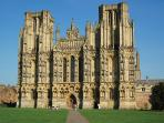 majestic wells cathedral - 900 yrs old