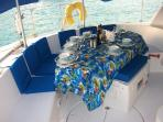 alfresco dinning at Tobago Cays