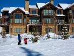 Ski in and out at your leisure, as the Castellina complex is right on the slopes.