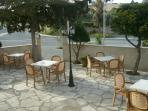 Enjoy your meal, coffe or beer to Rantzo patio
