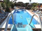 Vacation Rental, Holiday Home, With Large Heated Pool & Tropical Paradise
