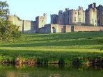 Two minute walk to Alnwick Pastures and Alnwick Castle
