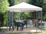 giardino esterno: gazebo
