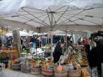Marché d'Uzès (25 km)