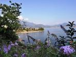 The residence is also perfectly placed for day excursions to Milan, Locarno and Lugano