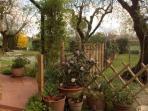 Ingresso al giardino privato