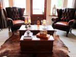 Comfy cognac area - relax