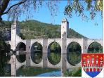 ... or visit historical Pont Valentré at Cahors (only 16 km/20 minutes from the Manoir)...