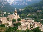 Vista panorámica del pueblo de Valldemossa