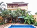 Casa Amarilla - La Palapa