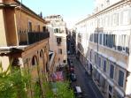 vista su Palazzo Torlonia