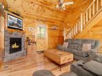 Pine Cove Hideaway #1816- Fireplace & TV