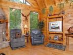 This 1 bedroom log cabin rental between Pigeon Forge and Gatlinb