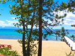 Twin Top Lodge *Shared Beach**Buoy** Hot Tub*