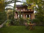 Beautiful villa Yalenia amidst lovely gardens - a very special place for your holiday