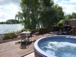 Lake View Hot Tub