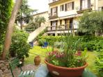 Dalla Terrazza al giardino - From the Terrace to the private garden