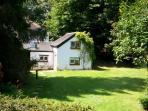 Unique retreat cottage