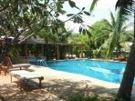 25 mtr. communal swimming pool and jacuzzi.