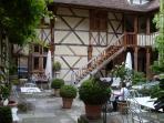 'Al fresco dining' near Evian