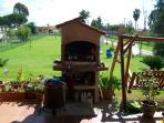 barbecue  in veranda  attrezzata, disponibile x gli ospiti della struttura