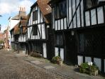One of the many lovely cobbled streets in and around Rye
