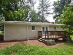Stunning Rental Near City Hwy Access Safe &Clean