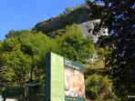 Just 3 minutes walk to the famous Font de Gaume caves