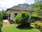Beautiful one bedroom bungalow in private grounds. Private parking and lovely garden. Air con