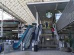 Starbucks & Tottus Supermarket 5 minutes walk