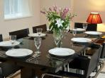 More Chic dining
