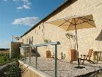 La Roche d'Enchaille Luxury accommodation with Hot tub/Jacuzzi in the Loire