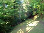 Lato privato yard - fare una passeggiata ed esplorare.