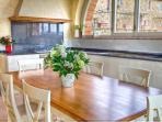 Wonderful and spacious kitchen, with 'unitalian' big windows, just perfect!