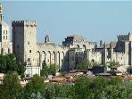 Avignon popes palace 20 min away
