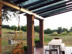 Portico e tavolo da pranzo esterno