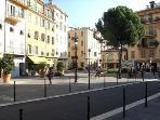 square du pin with all nce restaurant down stair the apartement. place du pin en bas de l apparteme
