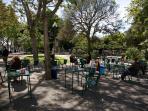 The 3 Sisters Lisbon :: surroundings - Principe Real garden