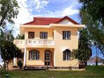 Villa Deluxe, 124 sqm, 8-10 persons: 3 bedrooms, livingroom, kitchen, dinning, private garden