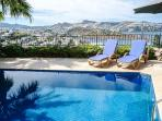 Large private pool and spectacular views