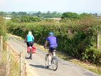 Lovely cycle route from Rhos Wen along quiet leafy lanes