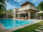 Luxury villa in Bang Tao (3BR)