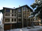 Luxury Ski Apartment In Central Pamporovo