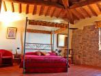 Podere Casarotta - 'I Baldacchini' bedroom #1