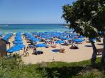 Fig Tree Bay, 10 minute walk