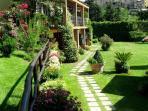 Residence Villa Elena. annexes and garden