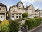 Marmaduke House - handsome & spacious Victorian house in superb central Bath location