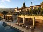 Fantastic reception areas, social and friendly original bastide with stunning view!
